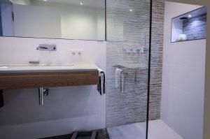 Gerne liefern wir Ihnen die Badezimmer-Ideen und zeigen Ihnen unsere Musterbäder.
