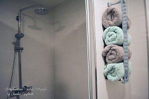 Badezimmer-Ideen: Handtücher müssen nicht immer in einem Schrank liegen.