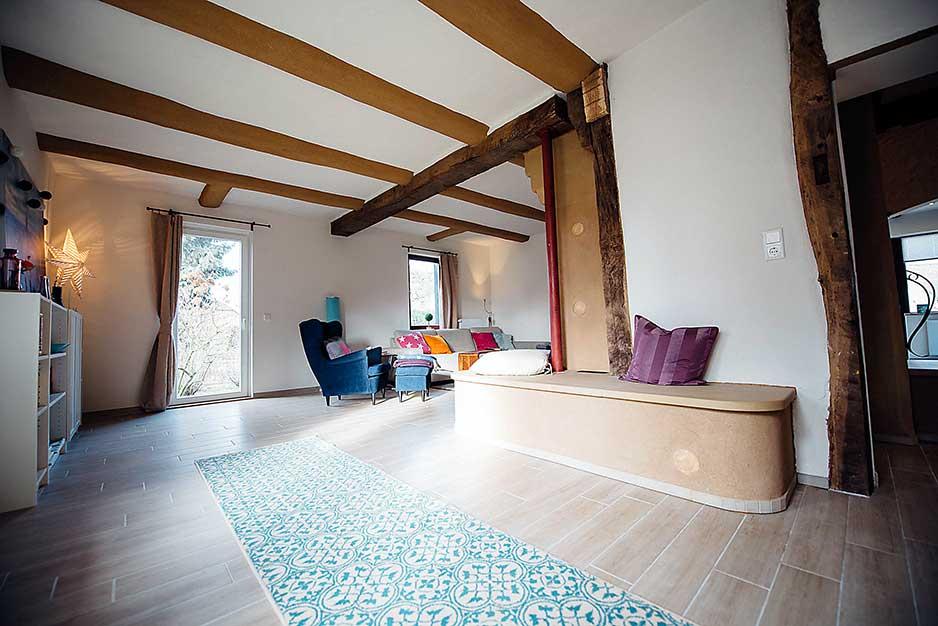 wohnzimmer fliesen ihr fliesenleger zeigt ihnen die besen. Black Bedroom Furniture Sets. Home Design Ideas